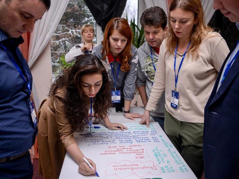 Меры поддержки НКО обсудили на онлайн-слушаниях в Общественной палате РФ, изображение №1