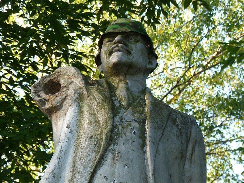 Памятник Ленину в Коминтерне. 2012 г. Фото: newsler.ru