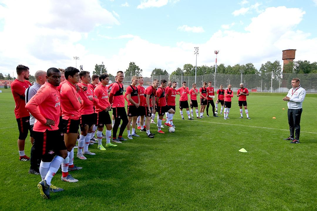 «Спартак» ожидают два гостевых матча подряд