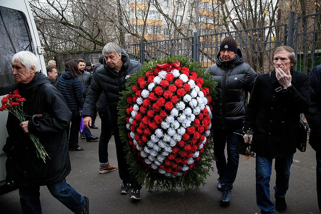 Красно-белые простились с Анатолием Крутиковым