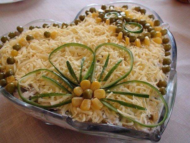 🍴ТОП-9 невероятно вкусных салатов для праздничного стола 🌿, изображение №9