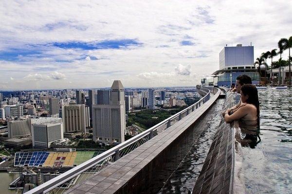 Уникальный отель Marina Bay Sands в Сингапуре., изображение №5
